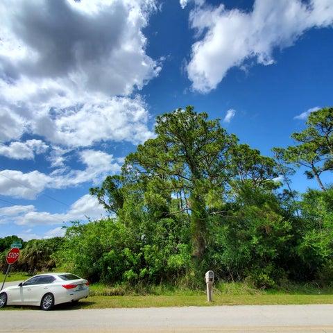8408 Winter Garden Parkway, Fort Pierce, FL 34951