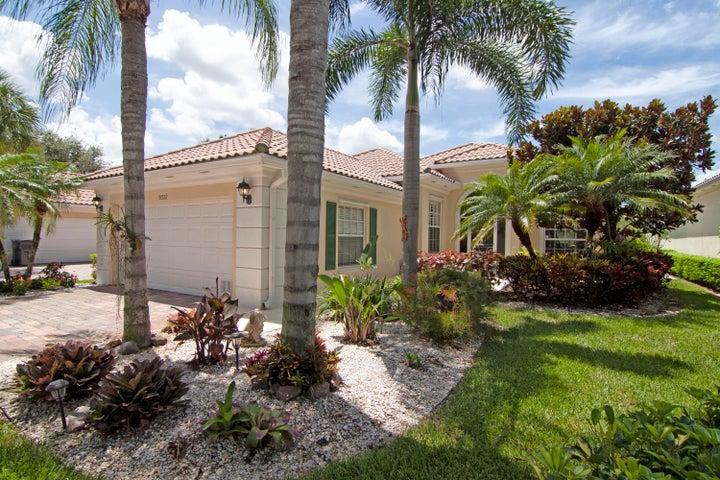 8332 Tobago Lane, Wellington, FL 33414