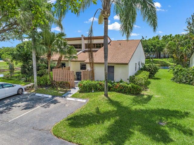 1920 Monks Court, West Palm Beach, FL 33415