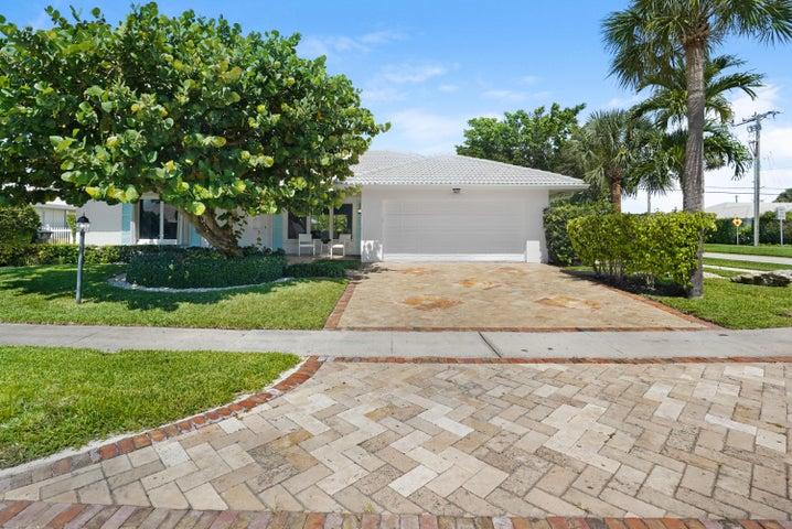 1301 SW Tamarind Way, Boca Raton, FL 33486