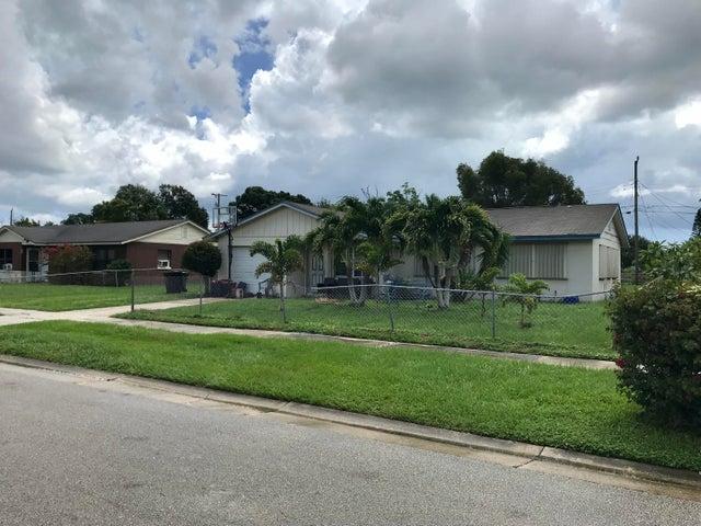 110 Camelot Drive, Fort Pierce, FL 34946