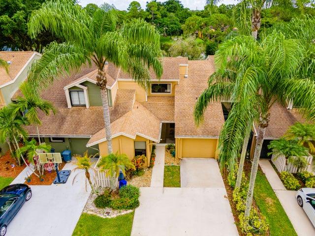 22506 Thousand Pines Lane, Boca Raton, FL 33428