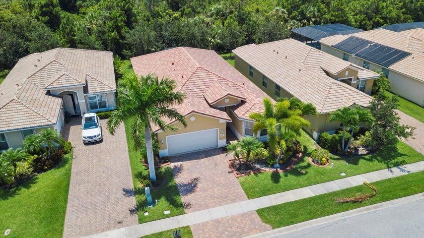 1622 NW Marsh Creek Drive, Jensen Beach, FL 34957