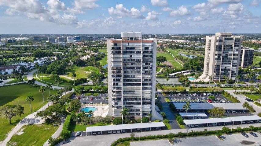 2400 Presidential Way, 1004, West Palm Beach, FL 33401