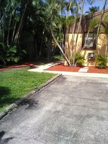 671 NW 46th Avenue, Delray Beach, FL 33445