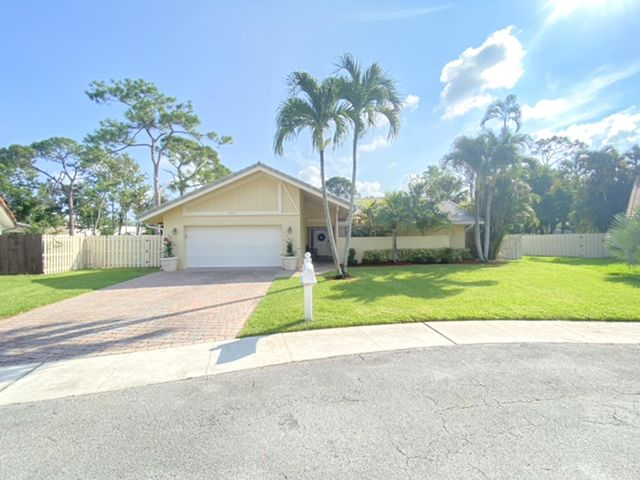2475 NW 25th Street, Boca Raton, FL 33431