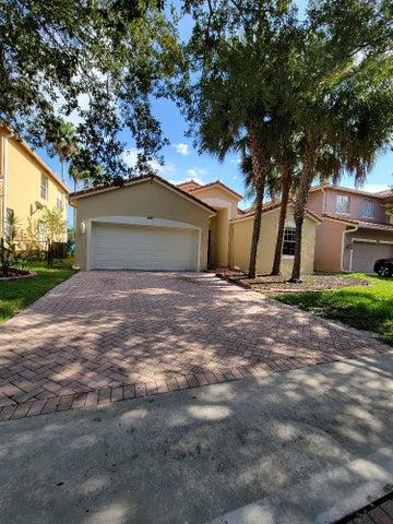 220 Seminole Lakes Drive, Royal Palm Beach, FL 33411
