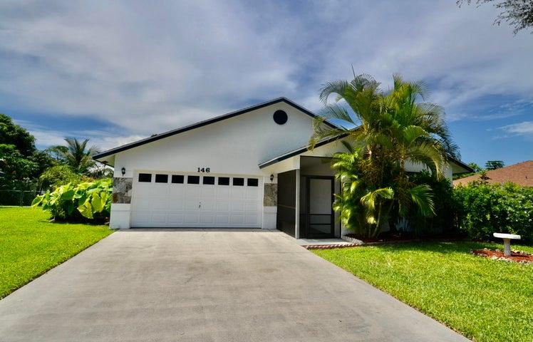 146 Sunflower Circle, Royal Palm Beach, FL 33411