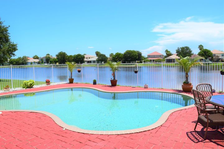 470 Belle Grove Lane, Royal Palm Beach, FL 33411