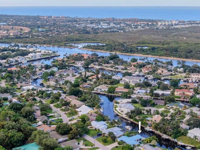 14050 Leeward Way, Palm Beach Gardens, FL 33410