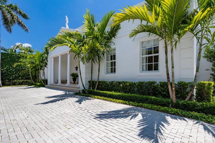 1225 N Lake Way, Palm Beach, FL 33480