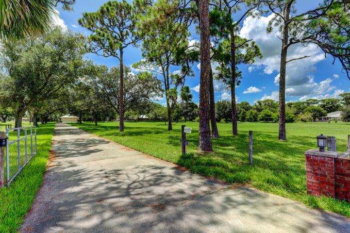 1155 S Jenkins Road, Fort Pierce, FL 34947