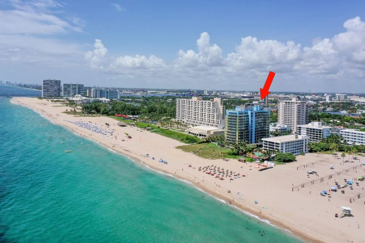 Located directly on the sand at the Southern end of Fort Lauderdale Beach