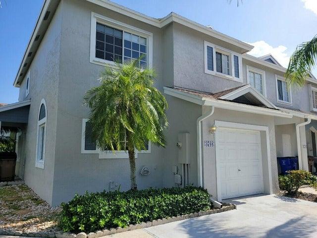 4768 SW 14 Court, Deerfield Beach, FL 33442