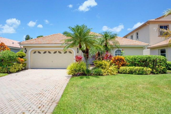 8243 Bob O Link Drive, West Palm Beach, FL 33412
