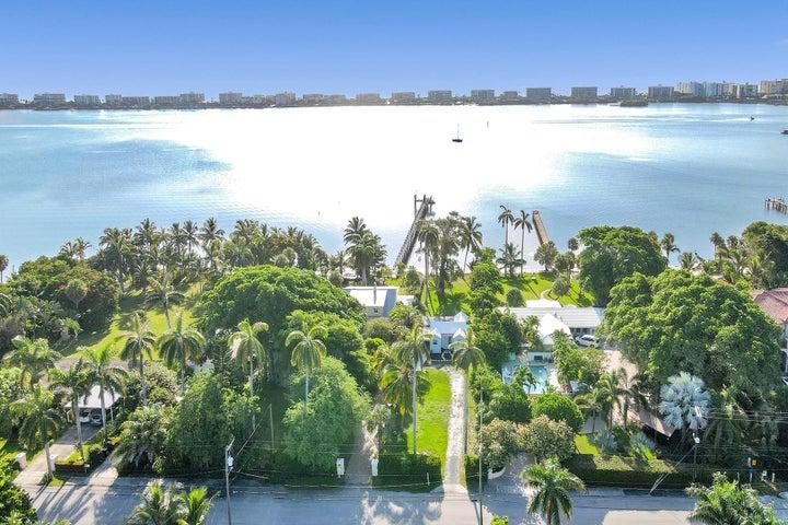 1224 S Lakeside Dr Drive, Lake Worth, FL 33460