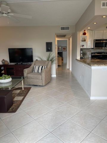 169 Somerset I, West Palm Beach, FL 33417