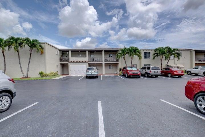 2601 Boundbrook Boulevard, 202, West Palm Beach, FL 33406