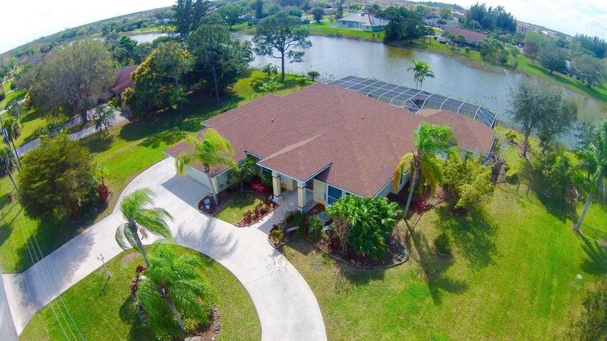 693 Whippoorwill Terrace, West Palm Beach, FL 33411