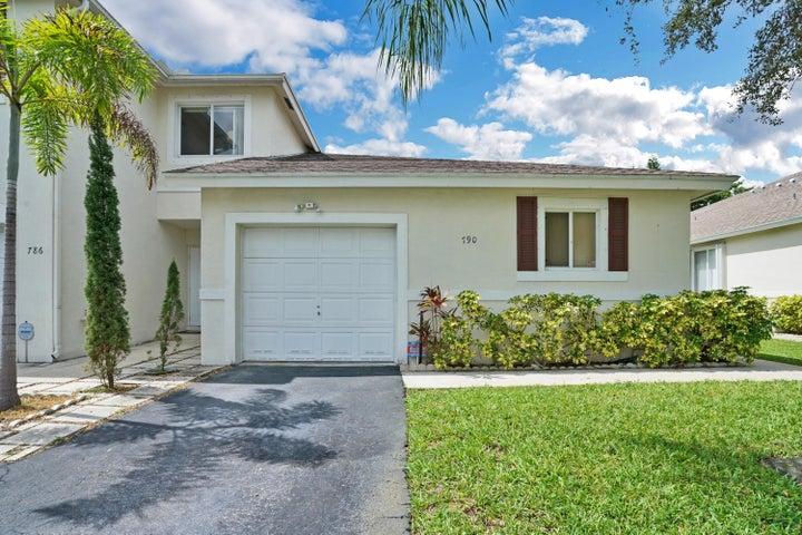 790 NW 42nd Place, Deerfield Beach, FL 33064