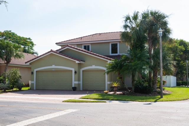 2216 Nw 73rd Terrace, Pembroke Pines, FL 33024