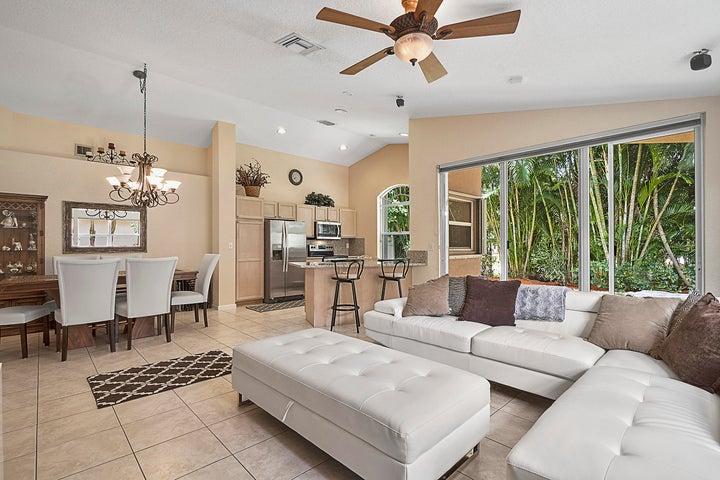 13255 Royale Sabal Court, Delray Beach, FL 33484