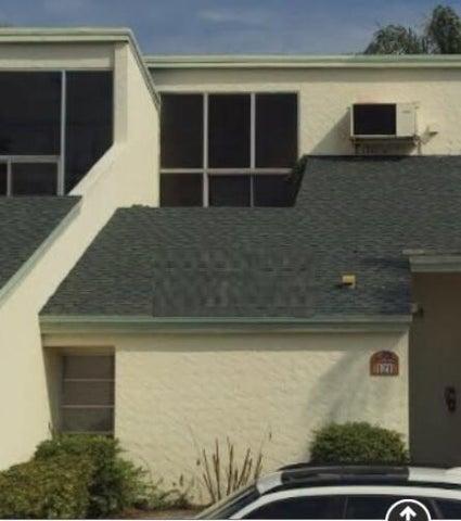 118 Castlewood Drive, 121, North Palm Beach, FL 33408