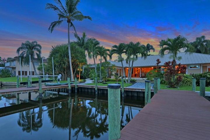 731 SW Pine Tree Lane, Palm City, FL 34990