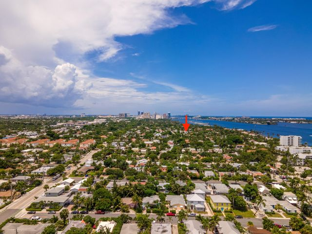 200 Greymon Drive, West Palm Beach, FL 33405