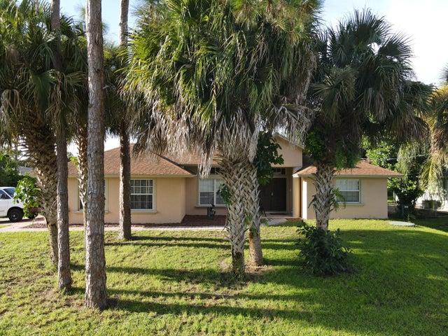 1157 SW Dalton Avenue, Port Saint Lucie, FL 34953