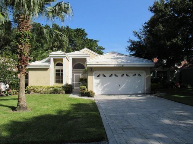 12757 Touchstone Place, West Palm Beach, FL 33418