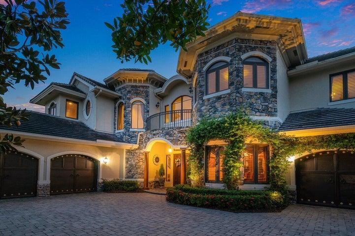 8989 Stone Pier Drive, Boynton Beach, FL 33472