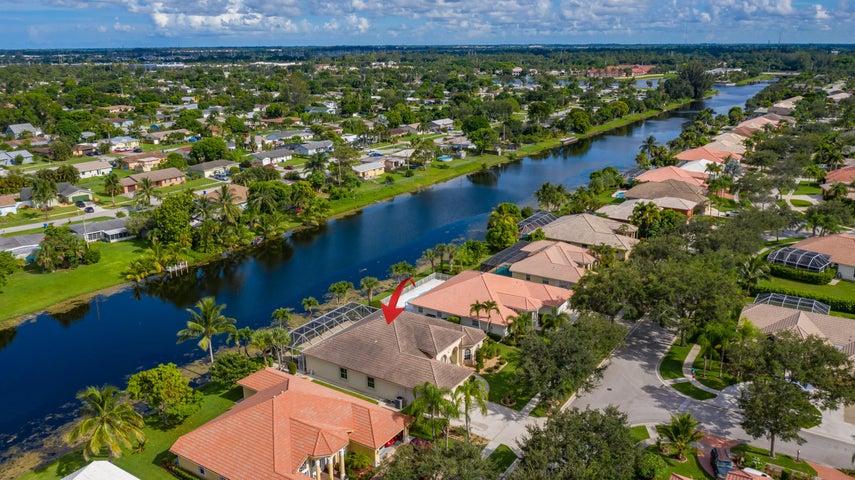 108 Pepper Tree Crescent, Royal Palm Beach, FL 33411