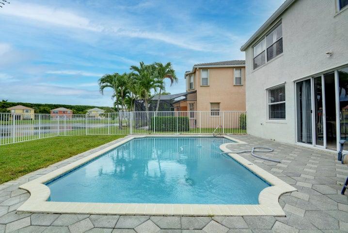 9713 Wyeth Court, Wellington, FL 33414