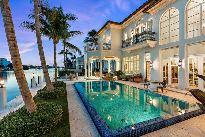 1003 Rhodes Villa Avenue, Delray Beach, FL 33483