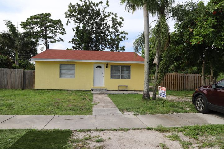 4263 Cambridge Street, Lake Worth, FL 33461