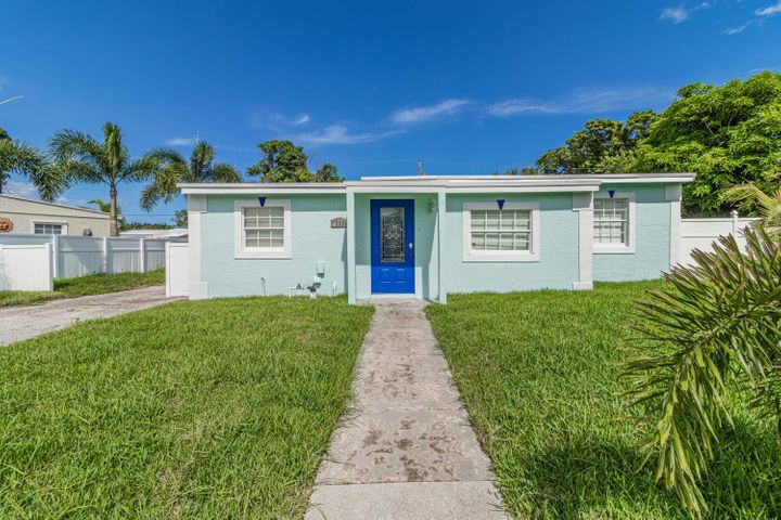 309 Roosevelt Avenue, Delray Beach, FL 33444
