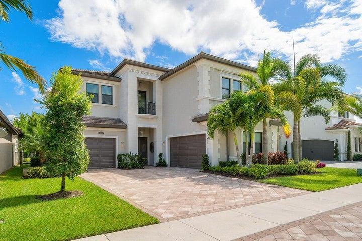9736 Vitrail Lane, Delray Beach, FL 33446