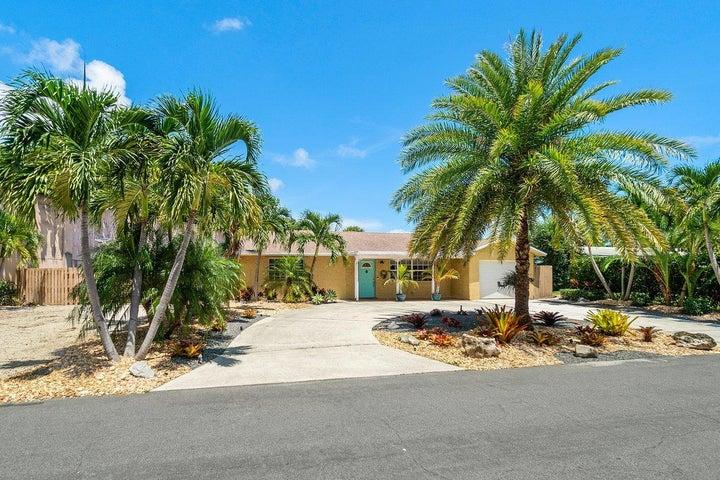 727 SW 25th Avenue, Boynton Beach, FL 33435