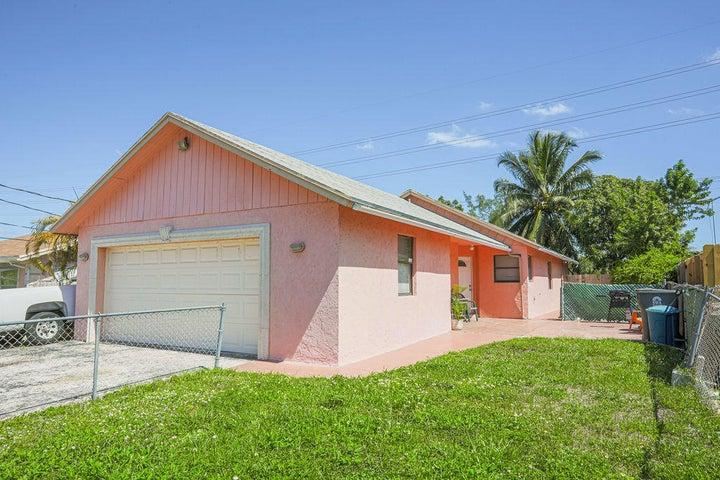 2615 Kentucky Street, West Palm Beach, FL 33406