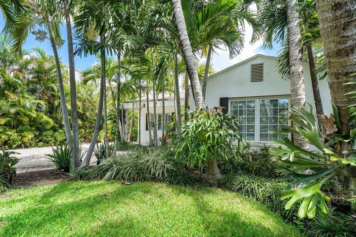 221 Argyle Road, West Palm Beach, FL 33405
