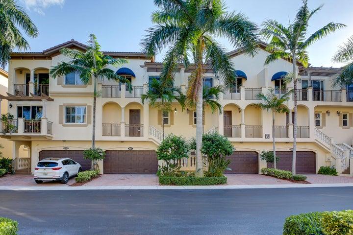 3051 Waterside Circle, Boynton Beach, FL 33435