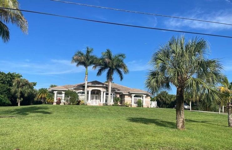 16146 72nd Drive N, West Palm Beach, FL 33418