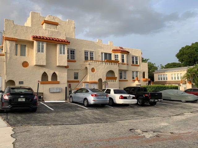 4211 Parker Avenue, West Palm Beach, FL 33405