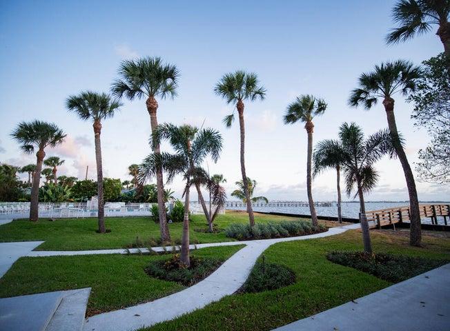2625 NE Indian River Drive, Jensen Beach, FL 34957