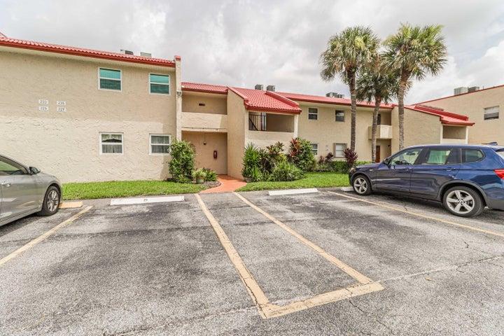 235 Golden River Drive, 235, West Palm Beach, FL 33411