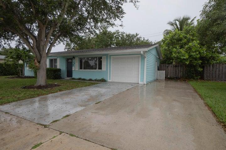 716 Juniper Drive, North Palm Beach, FL 33408