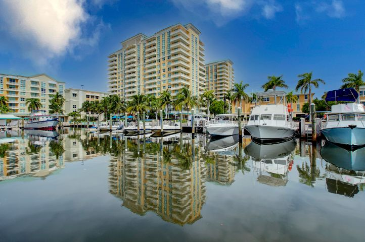 625 Casa Loma Boulevard, 306, Boynton Beach, FL 33435