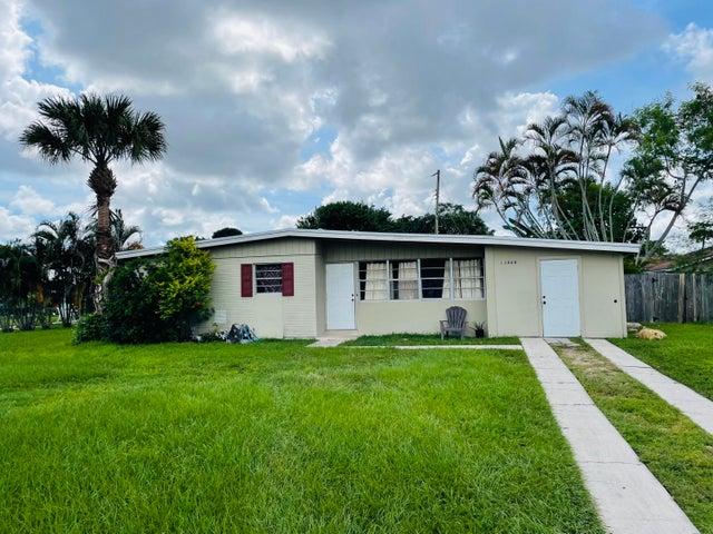 11868 Balsam Drive, Royal Palm Beach, FL 33411