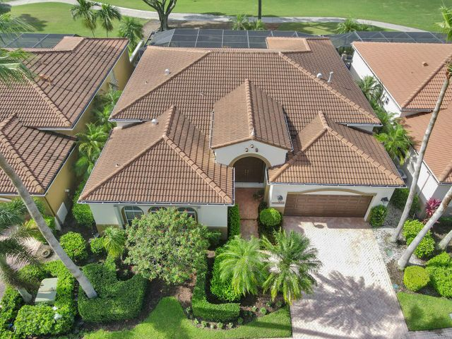 10713 Waterford Place, West Palm Beach, FL 33412